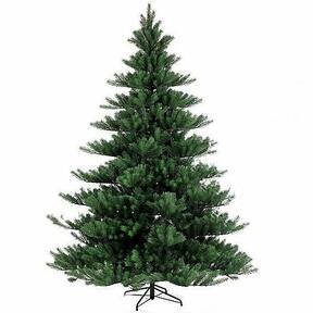Künstlicher Weihnachtsbaum Nordmann Alnwick 270 cm